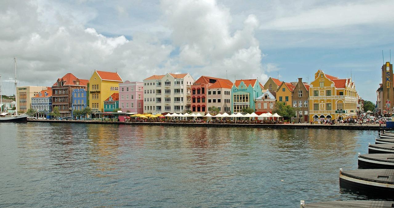 Global Dutchies Anneke interview Curacao