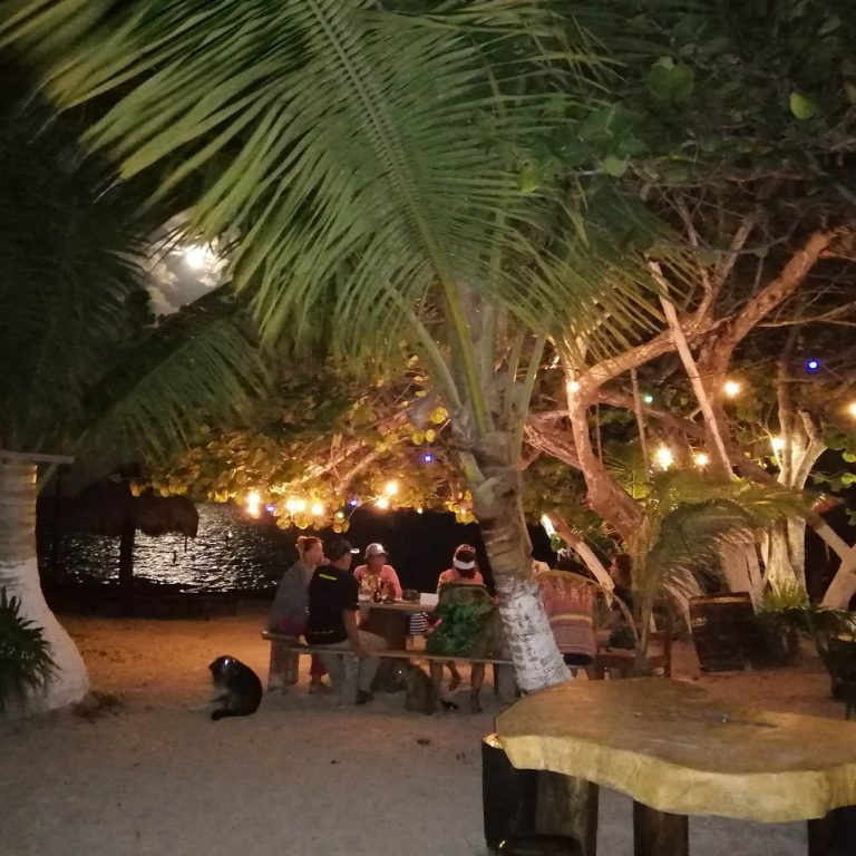 Eco Hotel Restaurant Maya Luna Mahahual Costa Maya Mexico full moon dinner